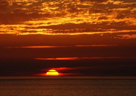 Sunset-Beach-1024x726 [4hdwallpapers.com]